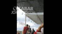 Tangkapan layar video pria di Jombang melakukan penamparan terhadap seorang perempuan.