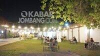 Suasana pengunjung di Nest Coffe Jombang. Foto/Istimewa/