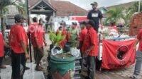 DPC PDIP Jombang Salurkan Bantuan untuk Korban Banjir Bandang