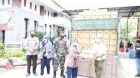 PT CJI Jombang Bantu Ribuan Karung Atasi Tanggul Jebol Penyebab Banjir