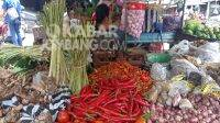 Harga kebutuhan pokok di pasar tradisional Citra Niaga Kabupaten Jombang. Kabarjombang.com/Daniel Eko/