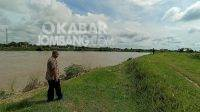 Tanggul sungai Brantas di Jatipandak Kecamatan Kesamben Kabupaten Jombang kritis. KabarJombang.com/Anggraini Dwi/