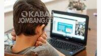 Tips Bagi Orang Tua Mendampingi Anak Sekolah Online di Rumah