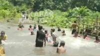 Tangkapan layar Banjir di Dusun Ngembeh Desa Ngumpul, Jogoroto.