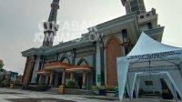 Masjid Agung Baitul Mukminin Jombang. (Anggraini).