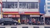 Minimarket di Jombang. KabarJombang.com/Daniel Eko/