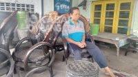 Kerajinan dari ban bekas di Tejo Mojoagung, Kabupaten Jombang. KabarJombang.com/M Faiz H/