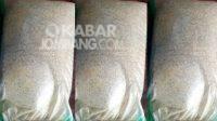 Beras BPNT kualitas jelek ditemukan di Tembelang, Kabupaten Jombang. KabarJombang.com/Istimewa/