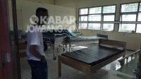 Tempat perawatan pasien covid-19 di bekas gedung Dinkes Jombang. KabarJombang.com/Diana Kusuma/