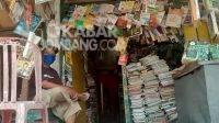 Penjual Buku Bekas di Jombang Nyaris Gulung Tikar