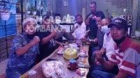 Kongkow Bareng Anggota DPRD Jombang, FRMJ Kritik Soal Kebijakan Anggaran