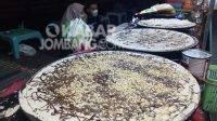 Crepes monster di pusat Jombang Kuliner. KabarJombang.com/Diana Kusuma Negara/