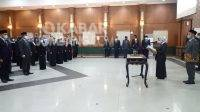Bupati Jombang Mundjidah Wahab melantik lima kepala OPD, Selasa (12/10/2021). KabarJombang.com/Diana Kusuma/