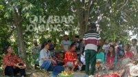 Kegiatan wisuda seniman sandur manduro di Desa Manduro, Kabuh, Jombang.