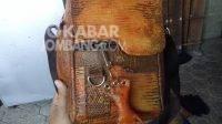Tas kulit biawak hasil buatan warga Gudo, Jombang. KabarJombang.com/Diana Kusuma/