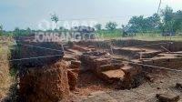 Eskavasi situs Watukucur di Dusun Penanggalan, Desa Dukuhdimoro, Kecamatan Mojoagung, Kabupaten Jombang, Jumat (8/10/2021). KabarJombang.com/Fa'iz/